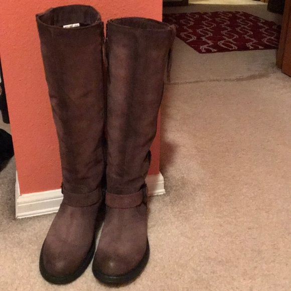 a68285cefa94c6 Browns Shoes - Browns tall boots